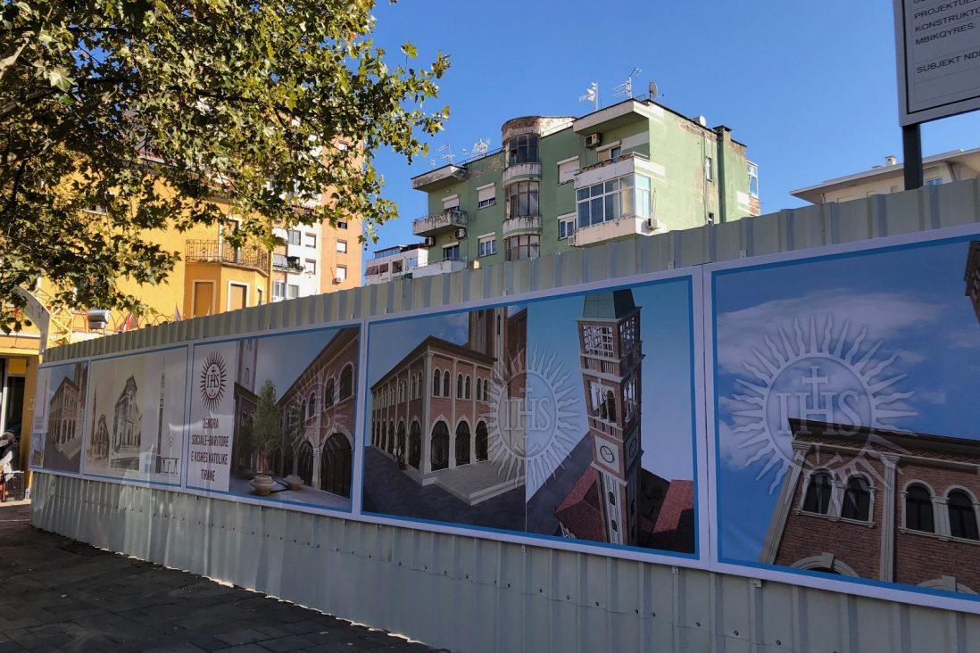 Il cantiere della nuova chiesa dei gesuiti a Tirana in Albania